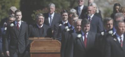 come comportarsi a un funerale
